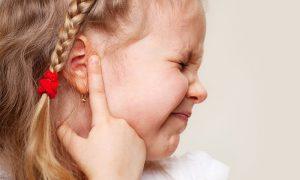Côn trùng chết trong tai gây ra bệnh về tai